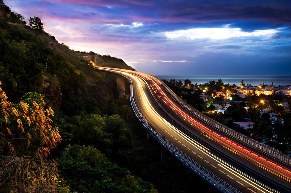 Route-Tamarins-Saint-Paul-nuit